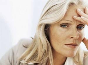 Причины, влияющие на усиление выпадения волос при климаксе