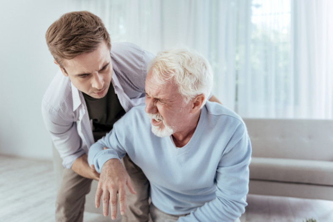 Первая помощь при инсульте: пошаговый алгоритм действий