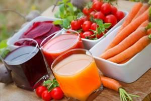 Полезные свойства томатного сока при диабете и типа